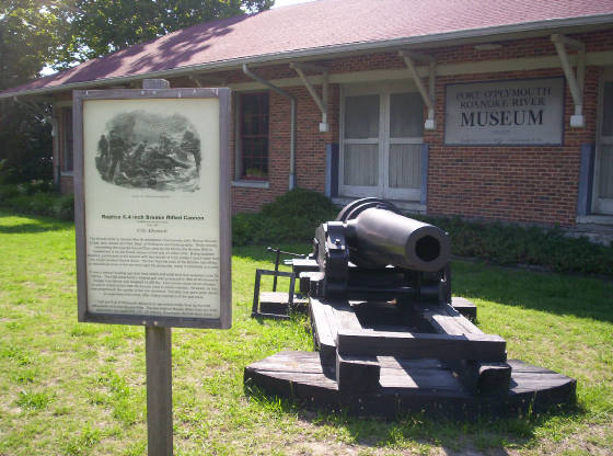 CSS Albemarle Ironclad Ram Cannon.jpg