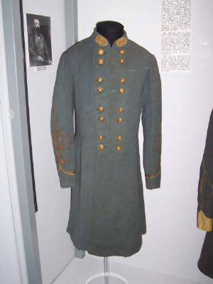 Confederate General Civil War Uniform.jpg