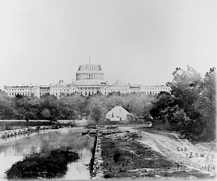 The U.S. Capitol under construction, 1860.jpg