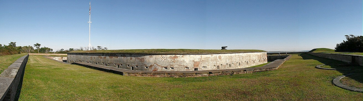 Fort Macon, North Carolina.jpg