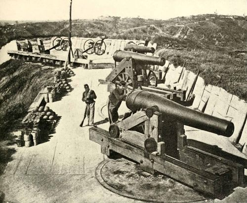Battle of Vicksburg Cannons.jpg